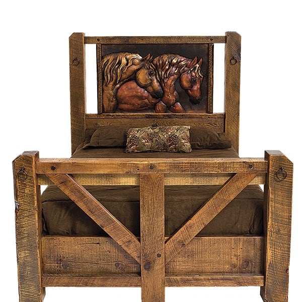 Rough ready artisan furnishings cowgirl magazine for Rough and ready furniture