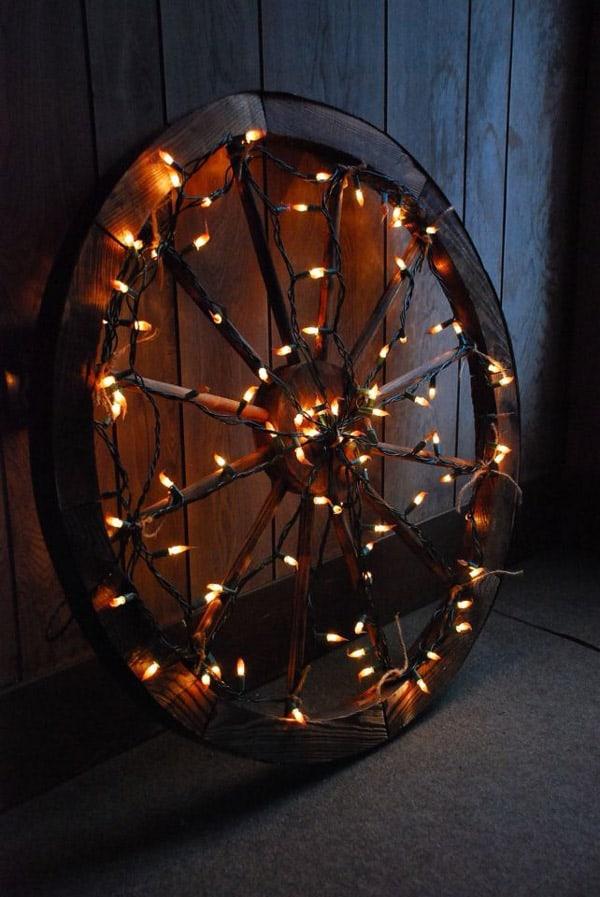 Wagon-wheel-with-lights