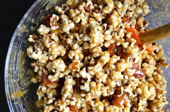caramel-bacon-popcorn