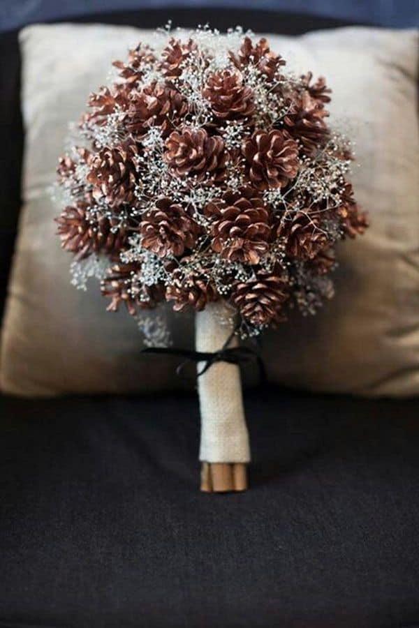 pine-cone-bouquet