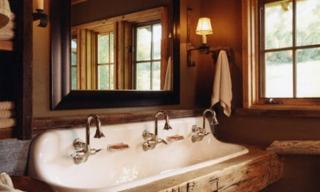 rustic-bathroom-wash-area