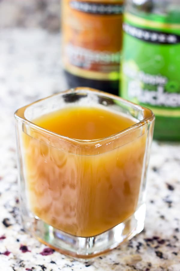 caramel-apple-cocktail