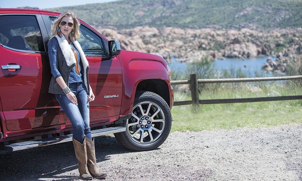 fall fashion winter fashion granite dells cowgirl magazine GMC