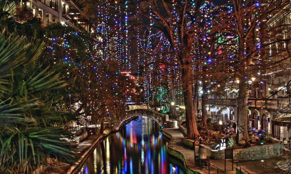 Riverwalk San Antonio Christmas.The San Antonio River Walk Is Covered In Christmas Lights