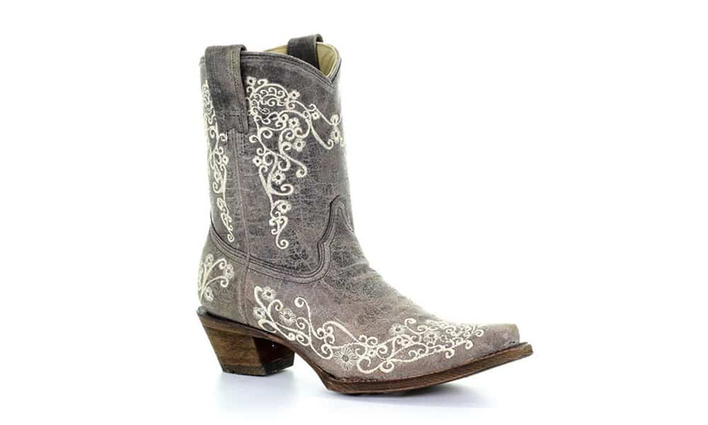 corral lisa shortie boot gray cowgirl magazine