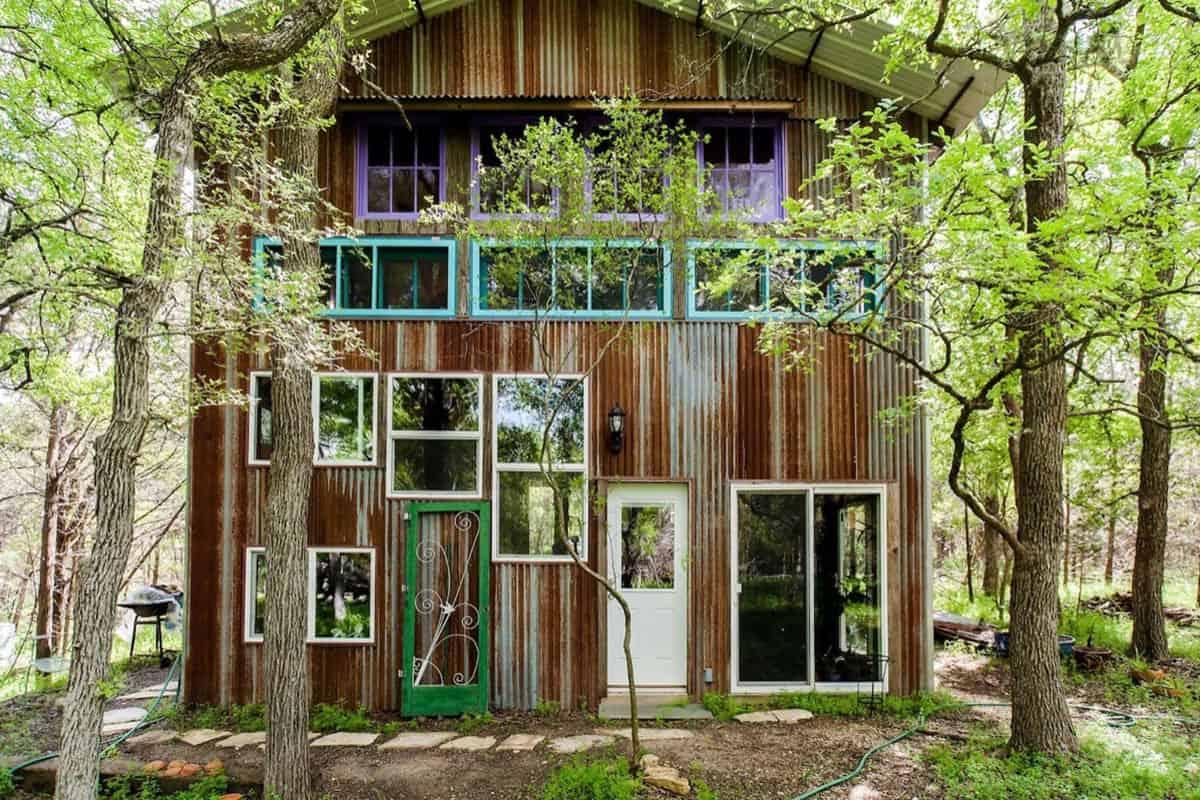 airbnb cowgirl magazine